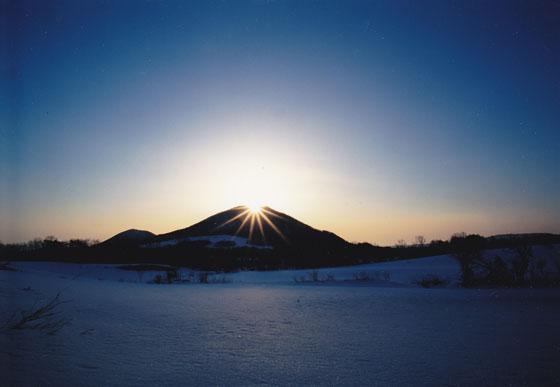 薬来山のダイヤモンド・リング